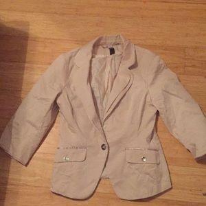 cute brown jacket/ suit thing